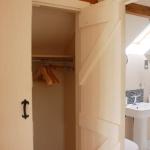 The Old Dairy En-Suite & Wardrobe